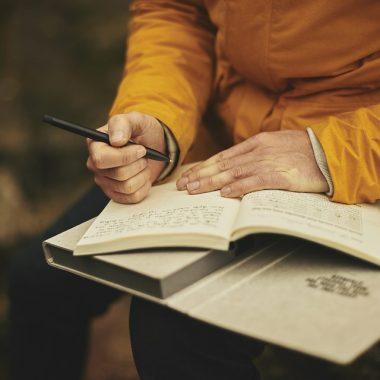 How to Make Birdwatching Journal: Customizing Your Birding Journal